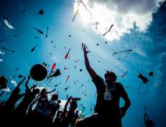 dia-mundial-malabares-picnic-circus-barcelona-parque-barceloneta