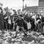PILLOW FIGHT BCN 2 d'Abril a les 18 hores a Plaça Catalunya
