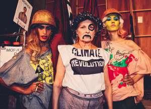 Vivienne-backstage-protesting-by-Marta-Lamovsek-1024x741